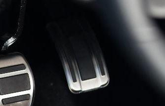 Peugeot 308 (Ny model) - Alu-skinne til speederpedal